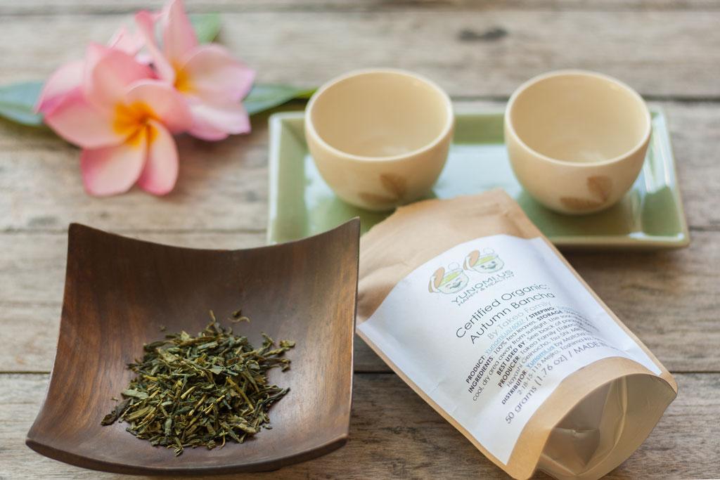 Japanischer Tee mit Teeschalen