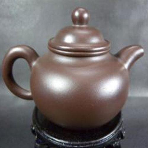 Schlichte Yixing Teekanne